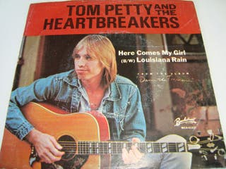 TOM PETTY &THE HEARTBREAKERS-.HERE COMES MY GIRL-