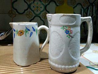 Dos jarras antiguas. cerámica