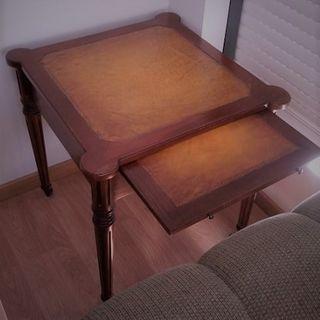 Conjunto de mesas (centro y auxiliar)