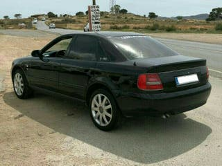 Audi A4 restyling (NEGOCIABLES)
