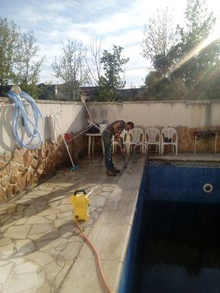 limpieza piscinas