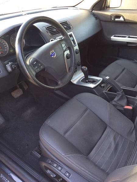 Volvo S40 2006 diesel automatico. ITV hasta 05/2019