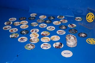 LOTE DE 65 TAZOS METALICOS RAPPERS REAL MADRID
