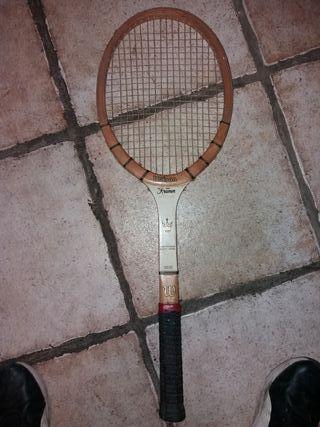 raqueta de tenis profesional antigua