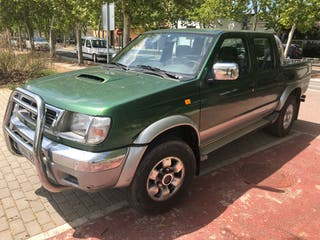 Nissan Navara 2.5D 120 CV
