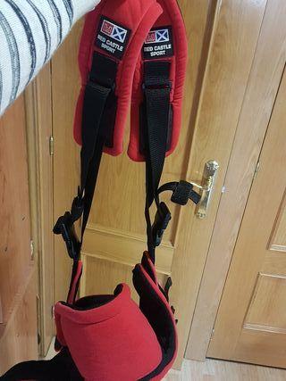mochila portabebés Red Castle