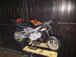 minimoto preparada con motor de 50cc