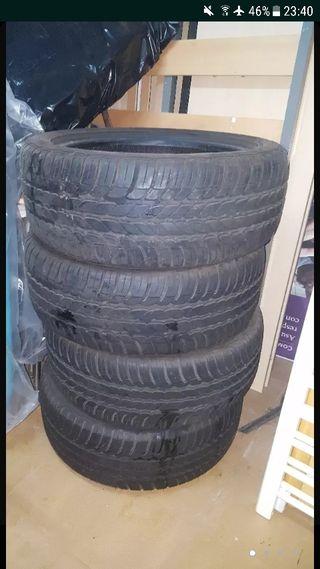 dos ruedas coche goodyear 2