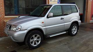 Nissan Terrano II 2004