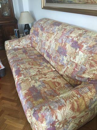 Sofá piel marrón con funda a medida