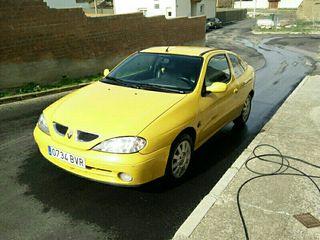 Renault Megane Coupé 2001