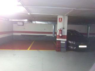 Garaje alquiler calle pablo Serrano 2