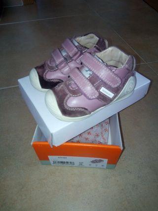zapatos biomecanics. talla 20