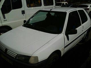 Peugeot 106 1998 tlf 696174474 solo watssap