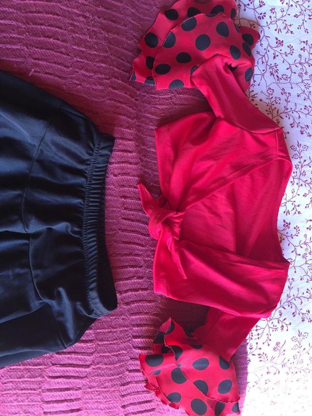 Conjunto flamenco sevillanas
