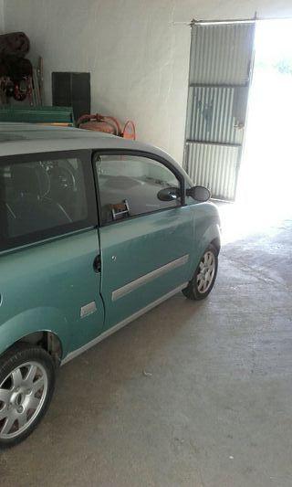 Mini 2006 coche sin carne 681367592