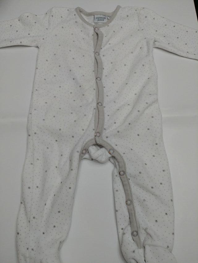 5a8dc5e5a Pijama bebé invierno 6-12 meses tipo pirineo de segunda mano por 3 ...