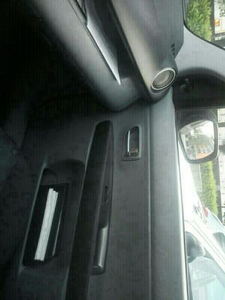 Mazda 2004