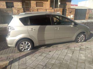 Toyota Corolla verso automático