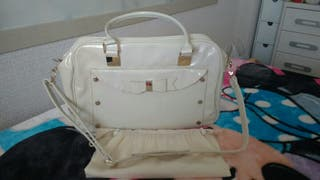 Bolso y portachupetes Mayoral Beis