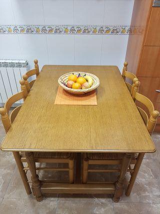 Mesa y 4 sillas para cocina
