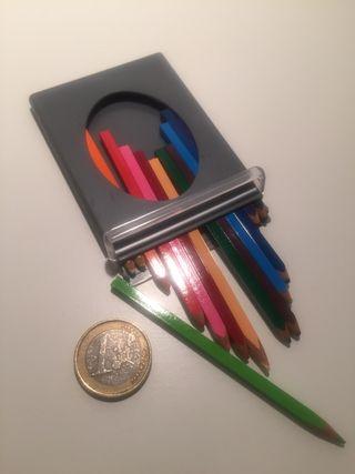 Mini lapiz de color con estuche