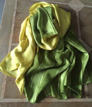 "Grande etole Bicolore vert en soie ""AC Canova"""