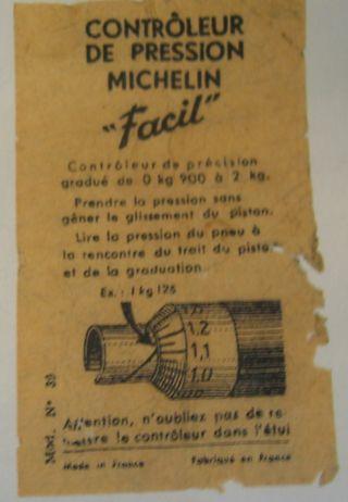 Contrôleur de pression ancien Michelin en bakelite