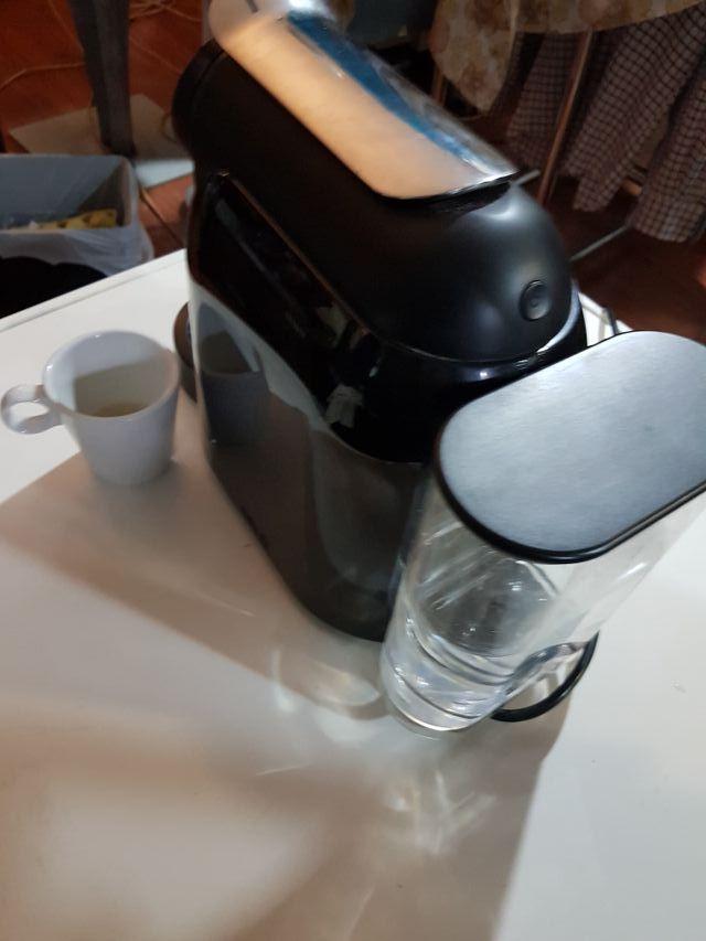 cafetera DELTA automática