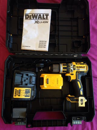 Dewalt hammer drill box set