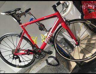 Bicicleta bmc carbono carretera + Mavic Ksyrium