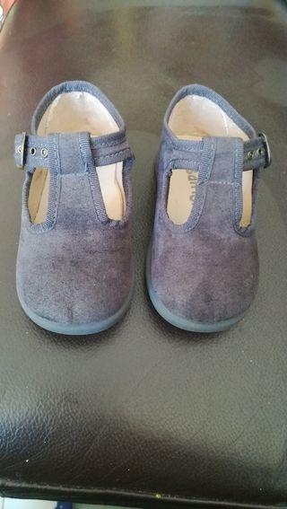 zapatos niño/a 22