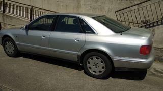 AUDI A8 1994 - Automático Gasolina