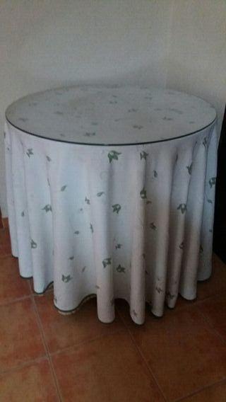 Mesa redonda con cristal