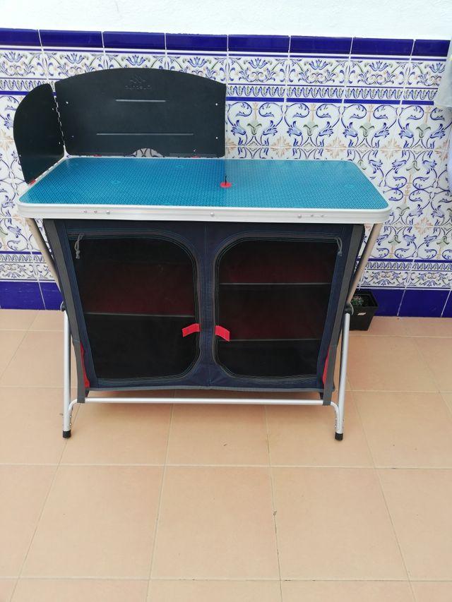 Mesa cocina camping de segunda mano por 50 € en Montilla en WALLAPOP