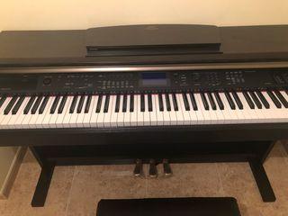 Piano Yamaha Arius YDP-V240