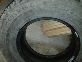 Neumático 225/75r 16 = 40 euros