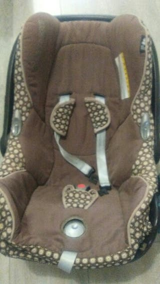 maxicosi con reductor para bebe
