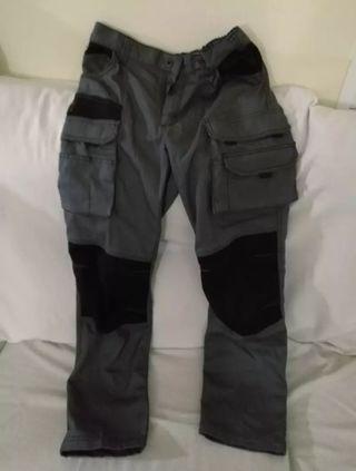 Pantalon trabajo multibolsillo