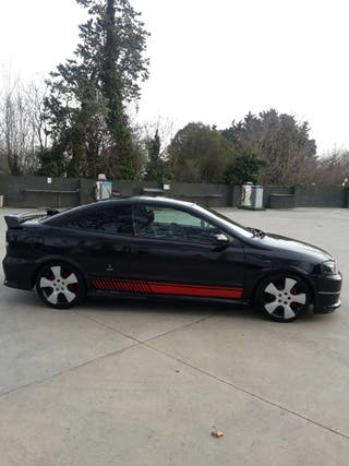 Opel Astra Coupe 2005