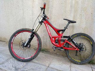 bici DH demo 8 II