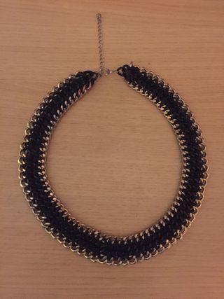 Collar cadena negro y dorado