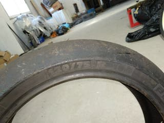 Neumáticos Michelin delanteros supermoto