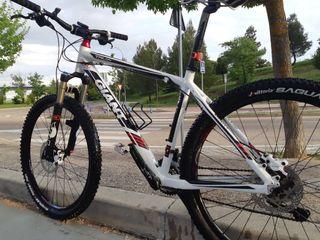 Bicicleta montaña Giant Talon