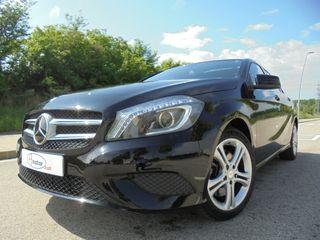 Mercedes-Benz Clase A250 7G-DCT 211CV*LIBRO MANT.*