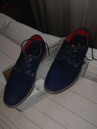 zapato caballero solo puesto una vez...talla 41