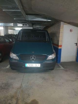 Furgoneta Mercedes 2006 .. 3 Plazas
