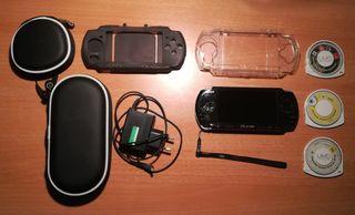 PSP 3004 + tres juegos, cargador y fundas