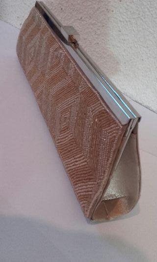 Bolso de fiesta bordado con abalorios