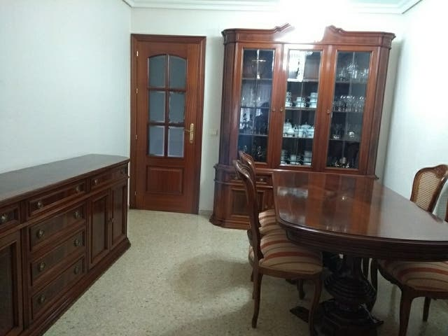 Mobiliario salon comedor de segunda mano por 1.000 € en Sevilla en ...